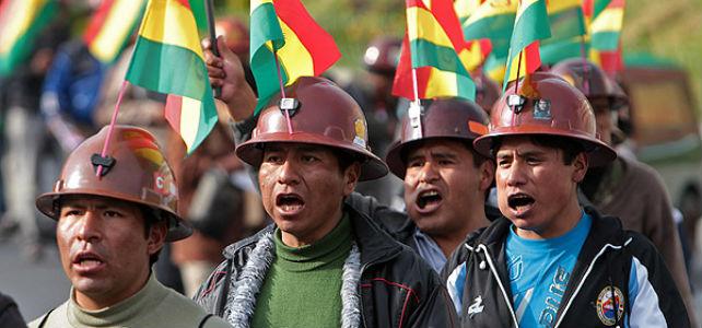 Trabajadores bolivianos. -EFE