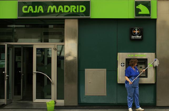 Cajamadrid coloc el 99 de las preferentes de 2009 a for Oficina familia numerosa madrid