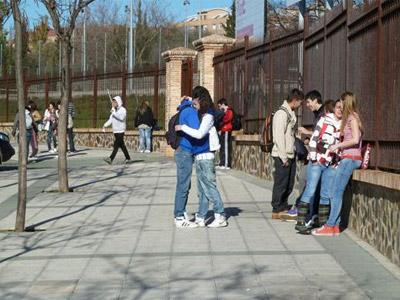Adolescentes en una foto de archivo. EFE