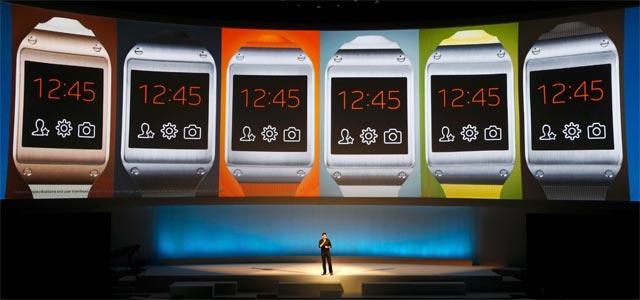 Samsung presenta su reloj inteligente en Berlín. REUTERS/Fabrizio Bensch