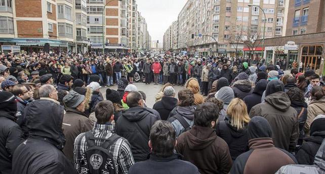 http://imagenes.publico.es/resources/archivos/2014/1/13/1389638838239gamonal-detallec4.jpg