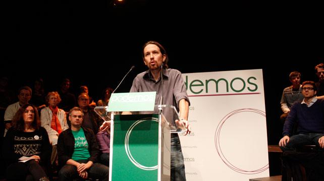 Pablo Iglesias en la rueda de prensa celebrada en el Teatro del Barrio de Lavapiés.