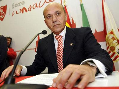 Del Nido al anunciar su dimisión como presidente del Sevilla.