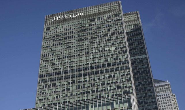 Edificio donde tiene su sede en Londres el banco estadounidense JP Morgan, en el distrito financiero Canary Wharf.