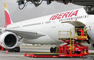 Iberia invierte 2,5 millones en la renovación de sus servicios en tierra
