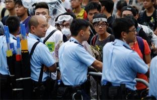 """El Gobierno de Hong Kong exigeponer fin a las protestas """"inmediatamente"""""""