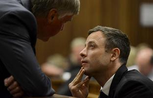 Pistorius, condenado a cinco años de cárcel por matar a su novia