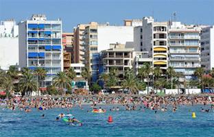 España batirá récord de turistas a final de año: más de 62 millones