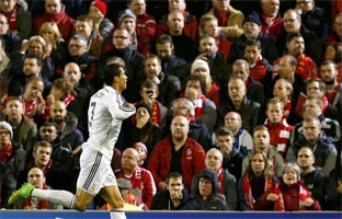 El Real Madrid se doctora en Anfield