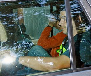 Oleguer Pujol se niega a declarar <br>y la Policía le <br>deja en libertad