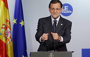 Rajoy dice que ayuda<br> a la Justicia para que castigue a los corruptos...