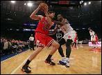 Pau Gasol deslumbra al Madison en su estreno con los Chicago Bulls