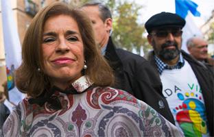 Botella deja en evidencia <br>a Rajoy al encabezar la marcha contra el aborto