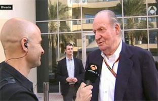 Juan Carlos I hace de jefe prensa de Alonso y revela<br>su próxima escudería