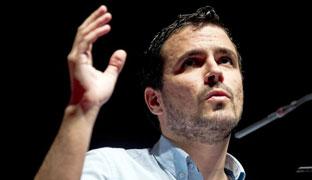 IU escenifica su relevo y reivindica su historial de lucha frente a Podemos y los sondeos