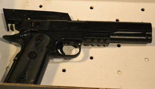 Dos policías matan <br>en Cleveland a un niño <br>que portaba una <br>pistola de juguete