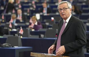 Merkel aplaude el plan de inversiones de Juncker para impulsar la UE