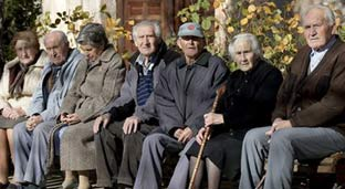 Uno de cada cinco hogares españoles depende de la pensión de un jubilado
