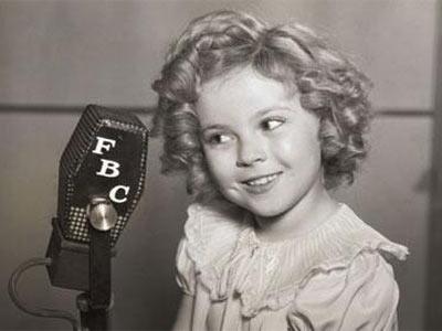 Shirley Temple, a mediados de la década de los años 30, cuando era una estrella en Estados Unidos.