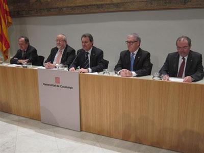 La hacienda catalana tendr 152 oficinas y empleados diario p blico - Oficinas hacienda barcelona ...