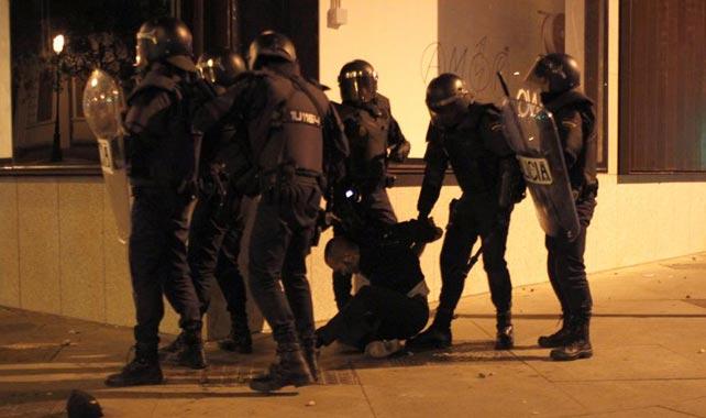 Imagen de uno de los detenidos durante los enfrentamientos del 22-M.