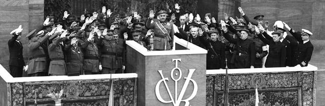 Francisco Franco y sus generales en el desfile de la victoria en Madrid, en 1939.