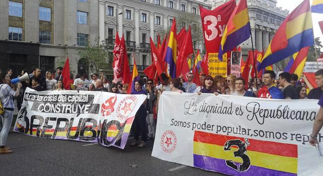 Manifestación por la III República y en conmemoración de la II.