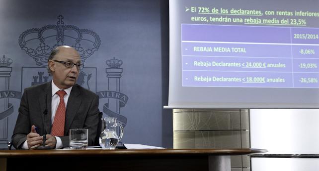 El ministro de Hacienda, Cristóbal Montoro, en la presentación de la reforma fiscal tras el Consejo de Ministros.