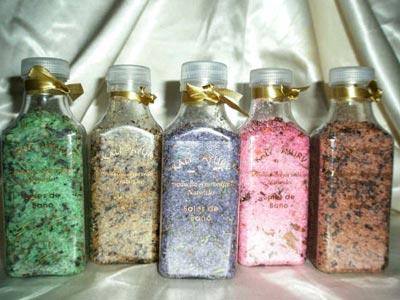 Frascos de sal de baño, sospechosas de contener la droga de diseño 'caníbal'MDPV.
