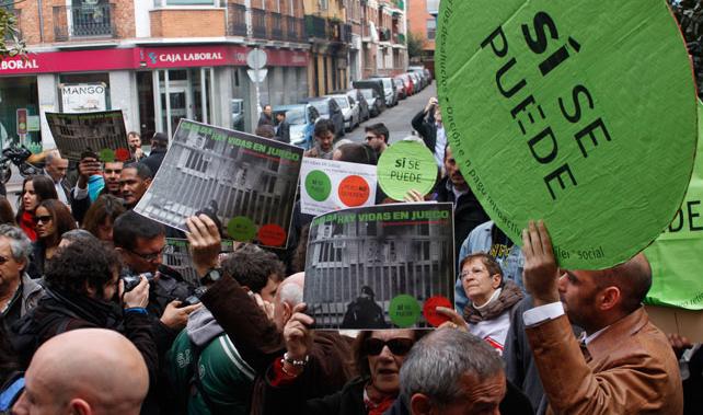 Una protesta de la Plataforma de Afectados por la Hipoteca en Vallecas, Madrid.