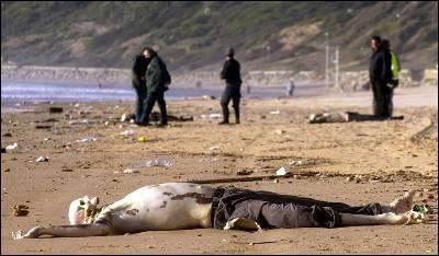 Un inmigrante muerto en una playa de Rota (Cádiz).