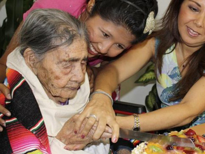 Leandra Becerra, en su 124º cumpleaños.