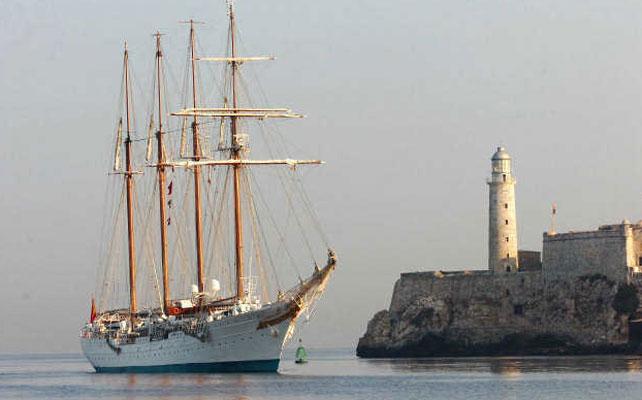 El buque escuela de la Armada Juan Sebastián Elcano.