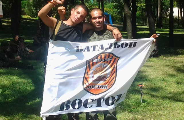 'Rafa' y Ángel en un campamento rebelde de Donetsk.