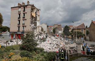 Se elevan a siete los muertos por el derrumbe de un edificio en París