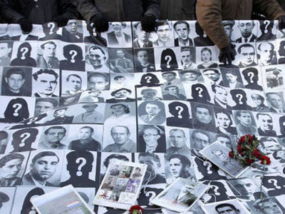 "La ARMH estudia denunciar a TVE por ""ocultar"" a los 114.000 desaparecidos del franquismo 1409588039791XXXdn"