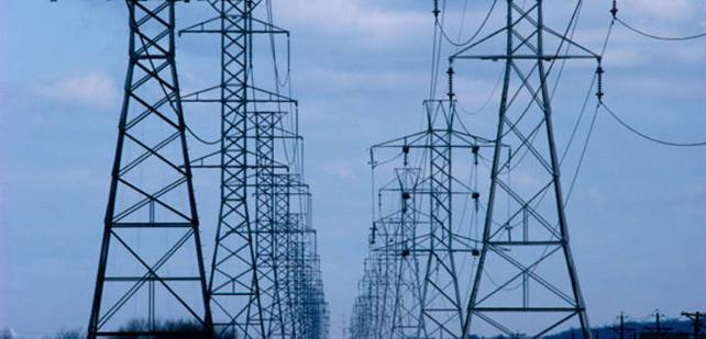 Un tendido eléctrico de alta tensión. EFE