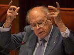 El PSOE denuncia a Pujol por defraudación tributaria <br>y blanqueo de capitales
