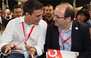 Pedro Sánchez elige a Pepu Hernández para que le presente en su primer desayuno informativo